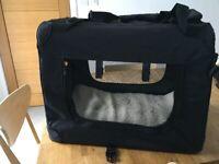 Folding fabric dog crate