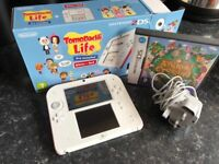 Nintendo 2ds Red and White