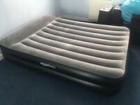 Airbed / Inflatable Mattress