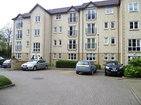 Lovely 2 bedroom unfurnished flat, quiet street close to Linlithgow train station