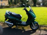 125cc Peugeot elyseo scooter with 12 months mot full history 1x owner from new