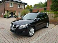 **2009 Volkswagen Tiguan 2.0 TDI Sport 4Motion (Pan roof, Leather, 4x4, privacy glass)**