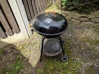 LARGE BLACK GAS BBQ