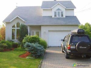348 000$ - Maison 2 étages à vendre à Rougemont