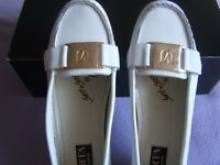 New Marta Johnsson Womens leather casual shoe in off white with gold coloured trim