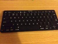 Advent wireless bluetooth keyboard