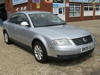 Volkswagen Passat 2.0 Highline 4dr full leather,parking sensor,