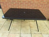 Black glass garden table oblong seats 6 with metal frame & legs VGC collect from Sittingbourne, Kent