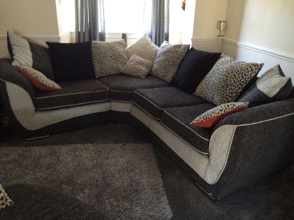 Scs Large Corner Sofa Amp Cuddle Chair In Port Talbot