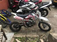 Excellent 125 thumpster pit bike