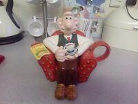 Wallace Teapot
