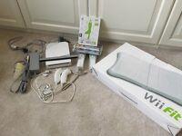 Nintendo Wii & Wii fit