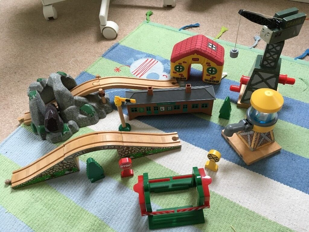 Massive bundle Thomas the Tank Engine and friends wooden train track Brio/ELC