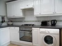 MODERN 4 BED 2 BATH PRIVATE GARDEN AVAILABLE NOW IN EARLSFIELD SW18