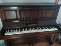 Piano in good condition!