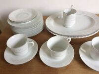 Lovely fine china tea set - 6x teacups and saucers, milk jug, assorted plates