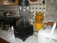 Vitamix Blender - Model: TurboBlend VS - LIKE NEW