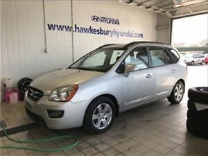 2008 Kia Rondo LX **LOTS OF PLACE **