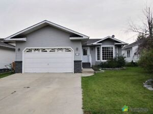 $579,000 - Bungalow for sale in Sherwood Park