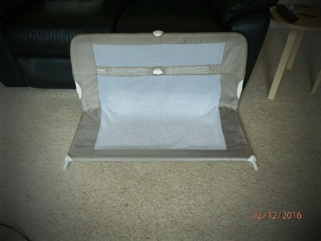 LINDAM Child's bed Guard.