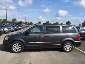 2016 Chrysler Town & Country Touring/DUAL DVD/BACKUP CAM/STOW'N