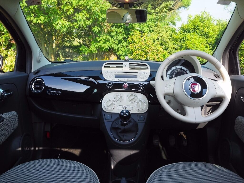 Fiat 500 Lounge *PANORAMIC ROOF*LOW MILEAGE* 2009 Black with cream ...