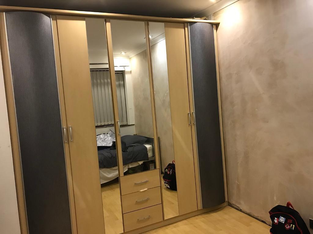 5 door wardrobe