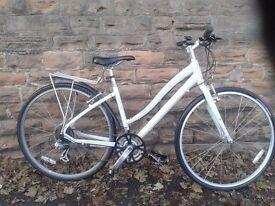 Specialised globe ladies city bike