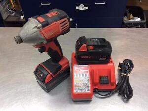 Drill HEX impact MILWAUKEE M18 2 batteries + chargeur ***Testé et Garanti***  #F023761
