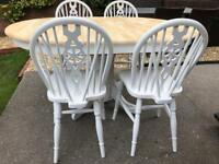 Extending Shabby Chic Oak Table and 4 Chairs