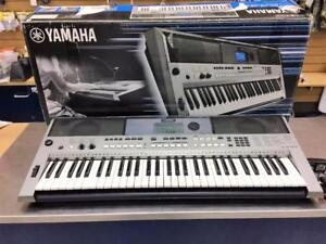 Clavier synthetiseur keyboard YAMAHA PSR-E443 ***Excellente condition***  #F024605