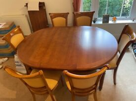 Beautiful bespoke Dining table with chairs