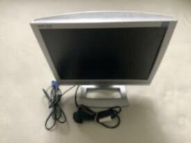 MEDIAN COMPUTER MONITOR WITH FLAT SCREEN, ANTI GLARE, ALL LEADS