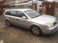 Vauxhall vectra 2.2 petrol estate.