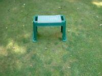 Garden Kneeling Stool