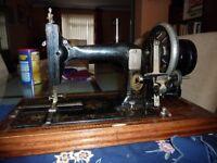 Vintage Sewing Machine in Wooden Box