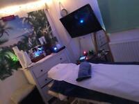 Elite Massage Therapist ( Incalls addington & outcalls)