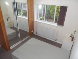 A Large Double room is available in Langley Green near Gatwick and Industrial Estates