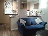 LOVELY ONE BEDROOM TOWN CENTRE FLAT WITH CAR PARKING