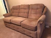 3 seater and 1 seater sofas in good condition very comfy