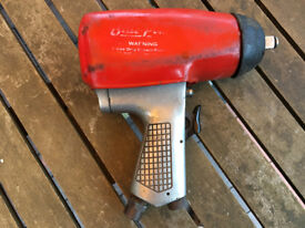"""Blue Point (Snap On) 1/2"""" drive impact gun excellent working order Model AT500 B 250 ft Ibs"""