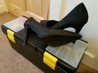 Sparkle heels size 8