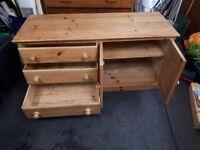 Solid wood pine tv unit,tank/viv satnd ,funiture,draws/drawer,cupboard,unit,table