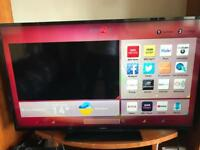 "42"" hitachi smart led wifi tv.(built in freeview,delivery available) NO OFFERSSSSSSSS"