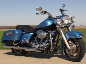 2011 Harley-Davidson FLHR Road King   Big 96 and 6 Speed  NOW $1