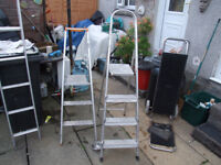 Step ladders and ladder