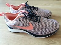 NIKE Delton Racer shoes