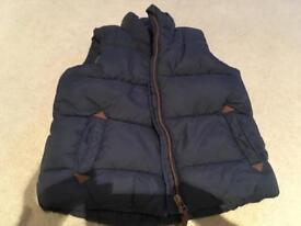 Next boys gilet 4-5 Years