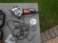 Worx plunge cut saw