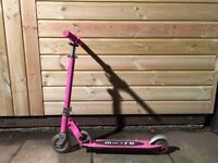 Micro Sprite Scooter In Pink
